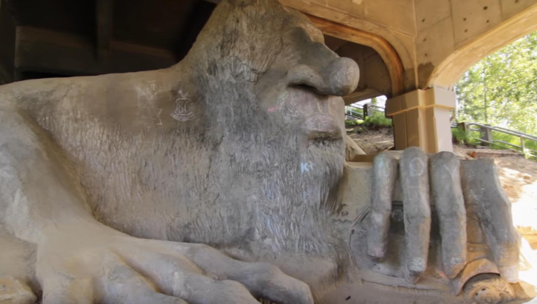 troll under the bridge in seattle