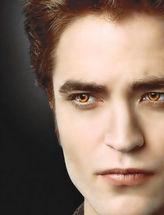 twilight saga edward yellow eyes